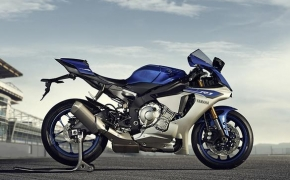 2015 Yamaha R1 & Limited Edition R1M Unveiled