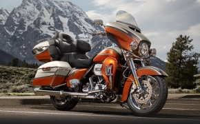Harley Davidson Launches CVO Limited, Breakout And Street Glide Special