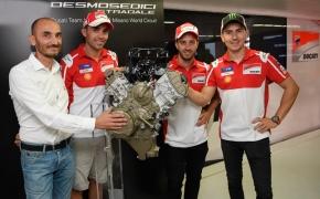 Ducati Unveils New Desmosedici Stradale V4 Engine