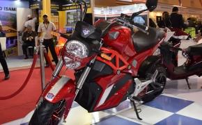 Okinawa Showcases Prototype OKI 100 E-Motorcycle- Auto Expo 2018
