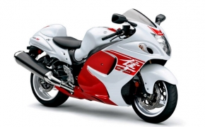 Suzuki Launches 2018 Hayabusa In India