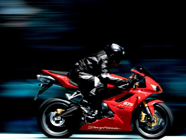 Motorcycle Clip-on Handlebars Explained » BikesMedia in
