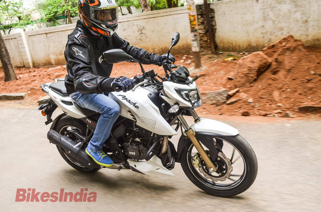 Awe Inspiring Tvs Apache Rtr 200 4V Test Ride Review Bikesmedia In Gmtry Best Dining Table And Chair Ideas Images Gmtryco