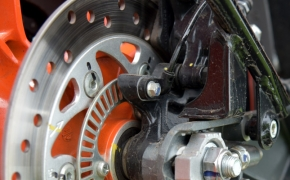 Floating Calipers In Motorcycle Disc Brakes Explained