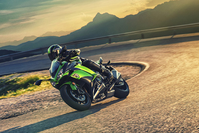 2017 Kawasaki Ninja 1000 Overview- <br /> The new meaning to